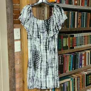 West Loop Off-Shoulder Dress size large